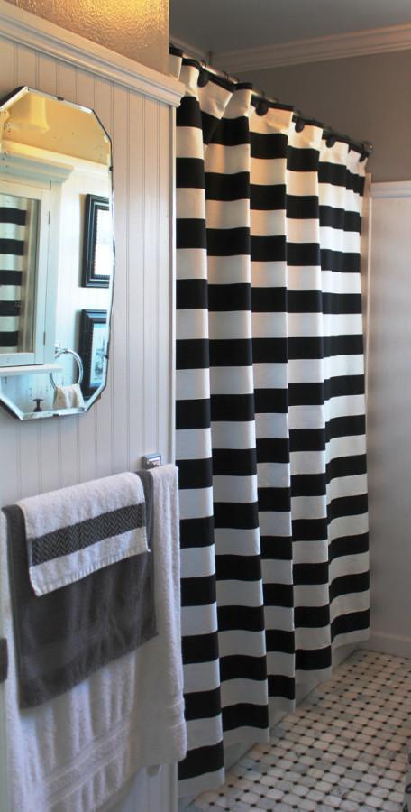 16beb7210a9 Black and White Striped Shower Curtain for Stylish Bathroom - Rilane