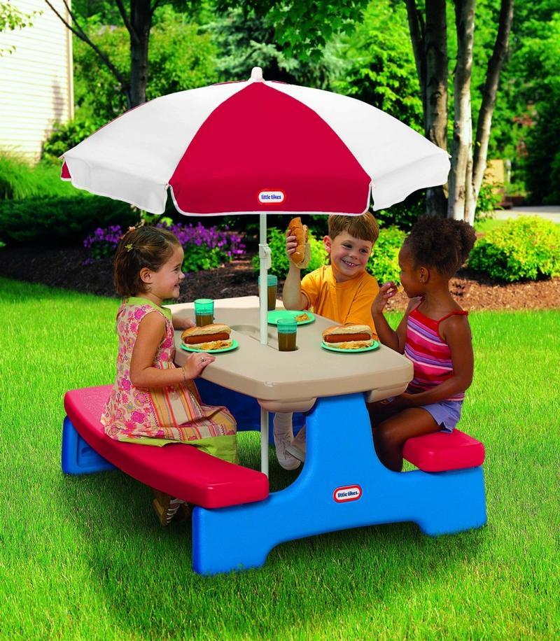 Kids picnic table with umbrella photos ideas rilane - Table picnic bois enfant ...