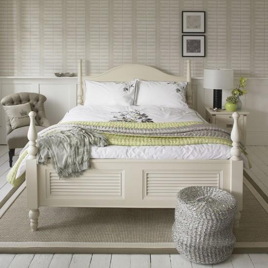 Calm Airy Bedroom. 15 Light and Airy Design is important   Rilane