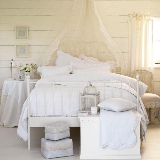 15 Light And Airy Bedroom Design Ideas