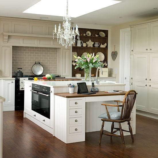 Elegant Kitchens: 15 Natural And Airy Kitchen Design Ideas