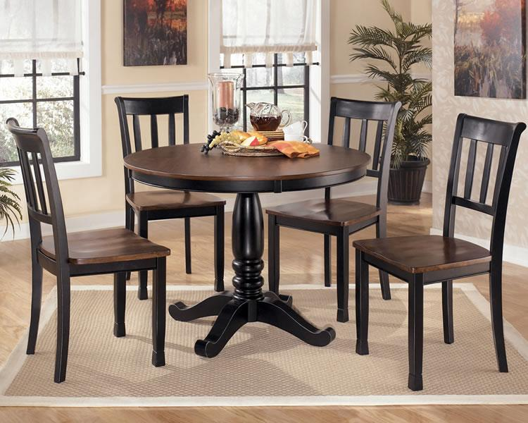 Round Pedestal Dining Tables Also Come In Different Forms Designs Colors Styles And Sizes So Whether Youre Up For Something Thats Made Of Glass