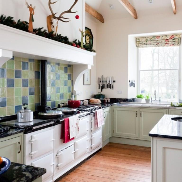 Traditional Green Kitchen With Range Cooker