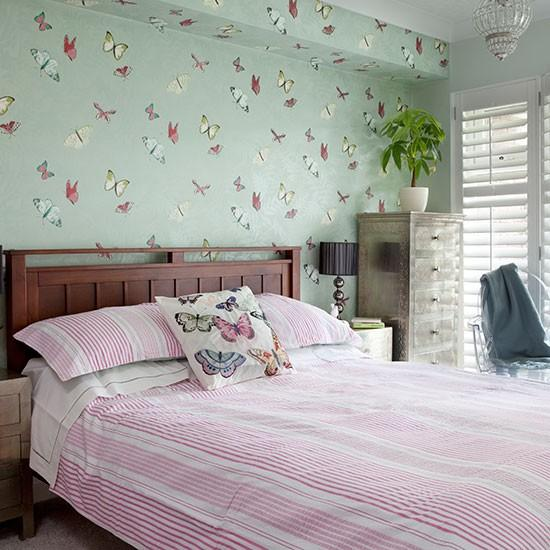 20 Magnificent Bedroom Wallpaper Design Ideas