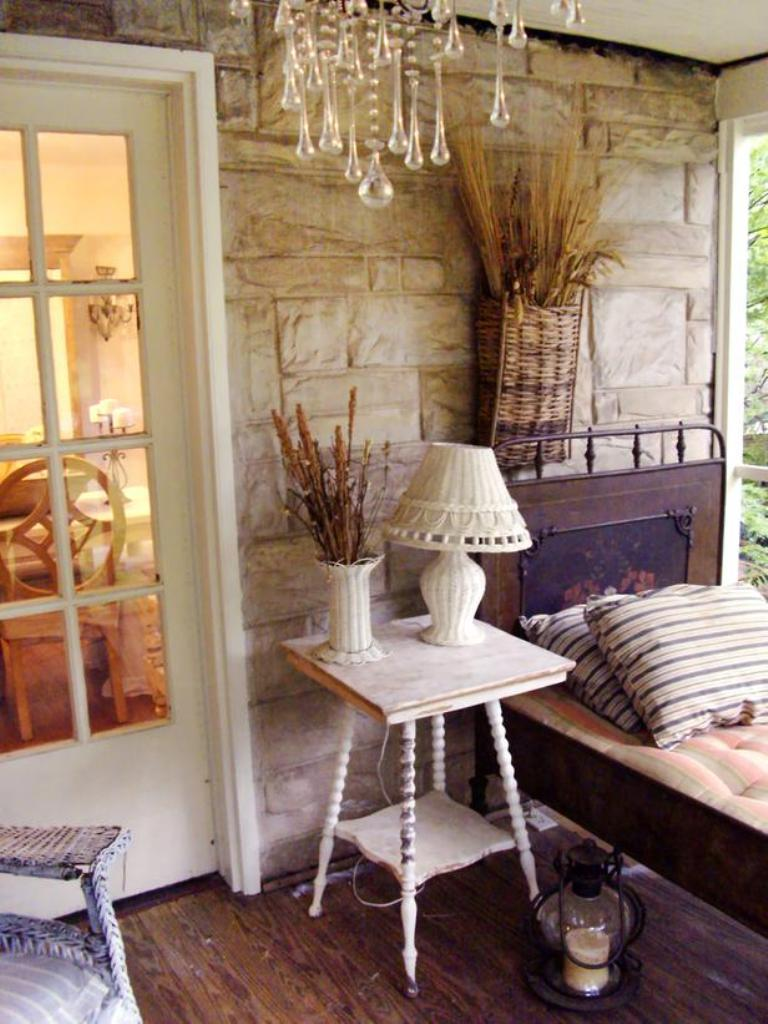 Lovely Amazing Chic Small Porch Design