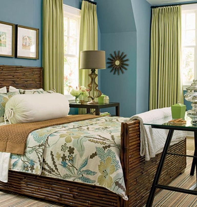 blue and green beach themed bedroom
