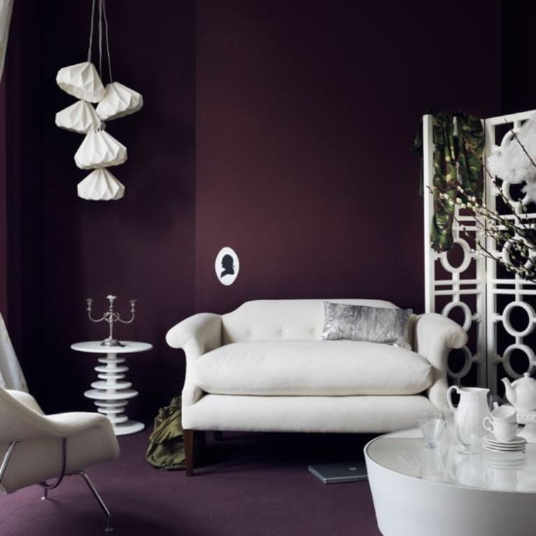 Attirant Bold Purple Living Room