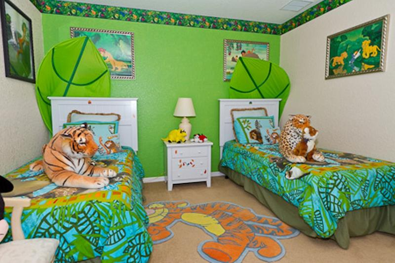 Bright Jungle Inspired Shared Bedroom. 20 Jungle Themed Bedroom for Kids   Rilane