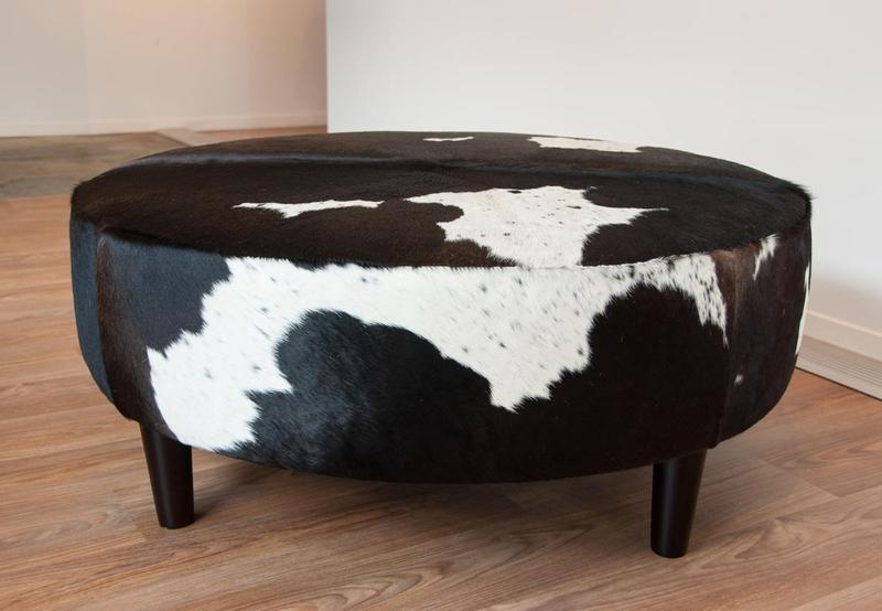 Chic Round Ottoman With Animal Print