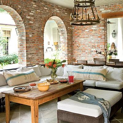 20 exposed brick walls in modern living rooms rilane for Campo co interieur