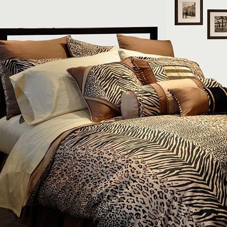 Daring Patchwork Cheetah Print Bedding