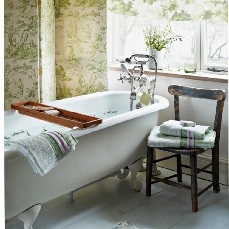 15 Gorgeous Bathroom Wallpaper Design Ideas