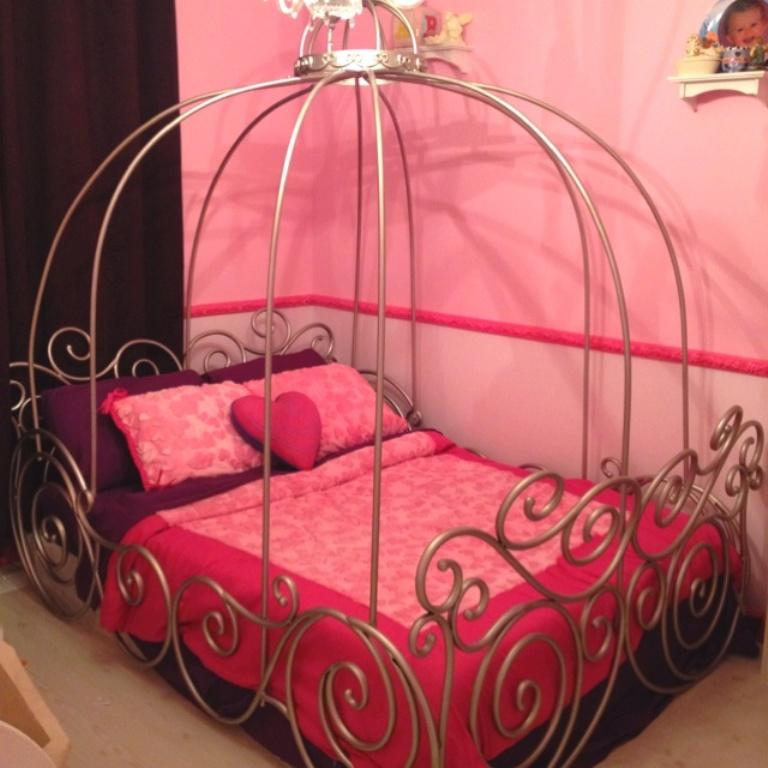Iron Cinderella Carriage Bed