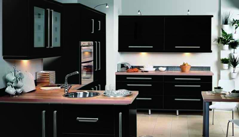 15 contemporary kitchen with black cabinets rilane for Black gloss kitchen ideas