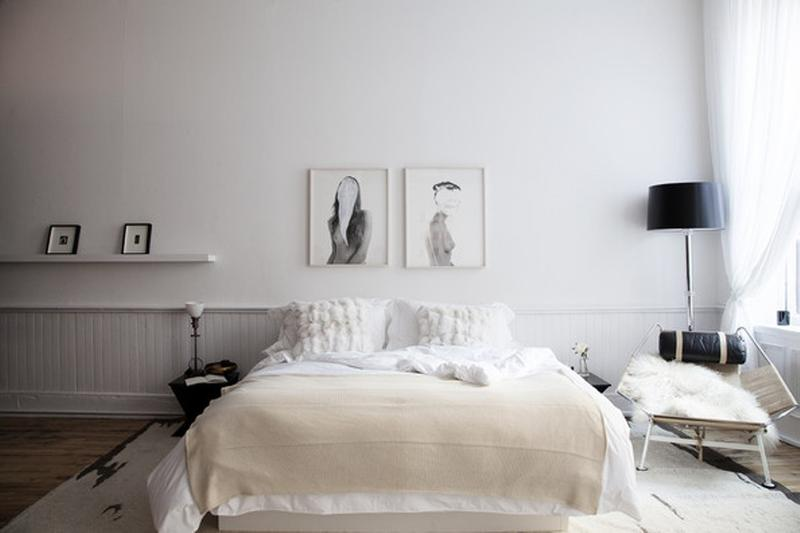 Artwork as a Focal Point in the Bedroom