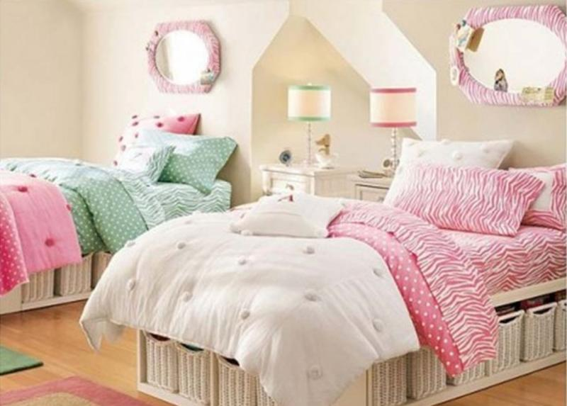 Retro Twin Girl Bedroom. 15 Twin Girl Bedroom Ideas to Inspire you   Rilane