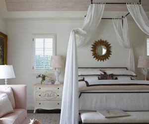 15 Romantic Bedroom Decorating Ideas