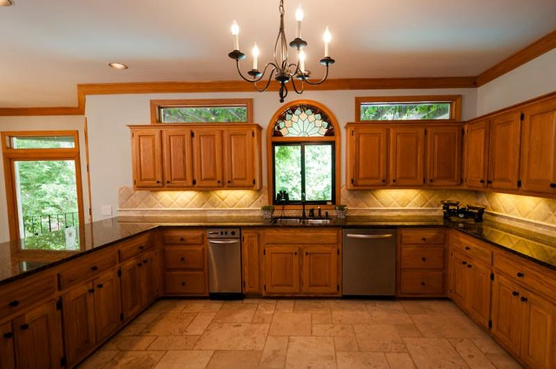 Marvelous Traditional Kitchen With Unfinished Oak Cabinets