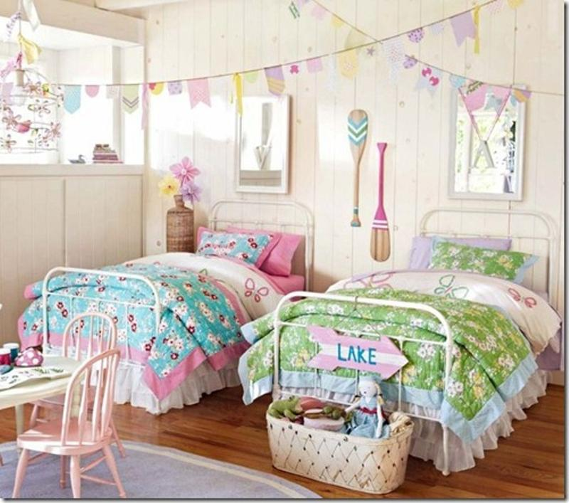 15 twin girl bedroom ideas to inspire you rilane for Twin girls bedroom ideas