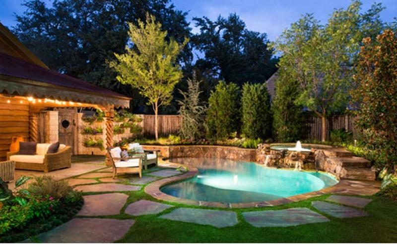 Beautiful Backyard with bean shaped pool