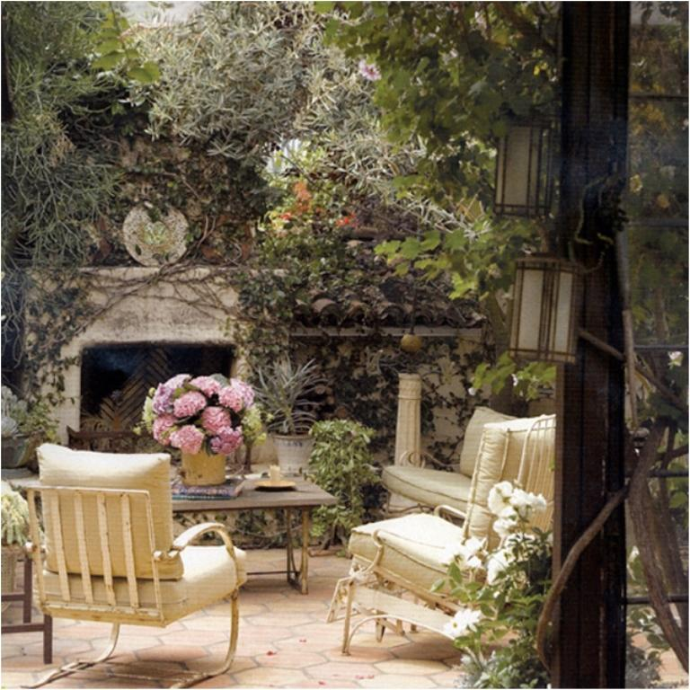 Beautiful Vintage Patio Design. Image Source: Outdoor Rooms Part 60