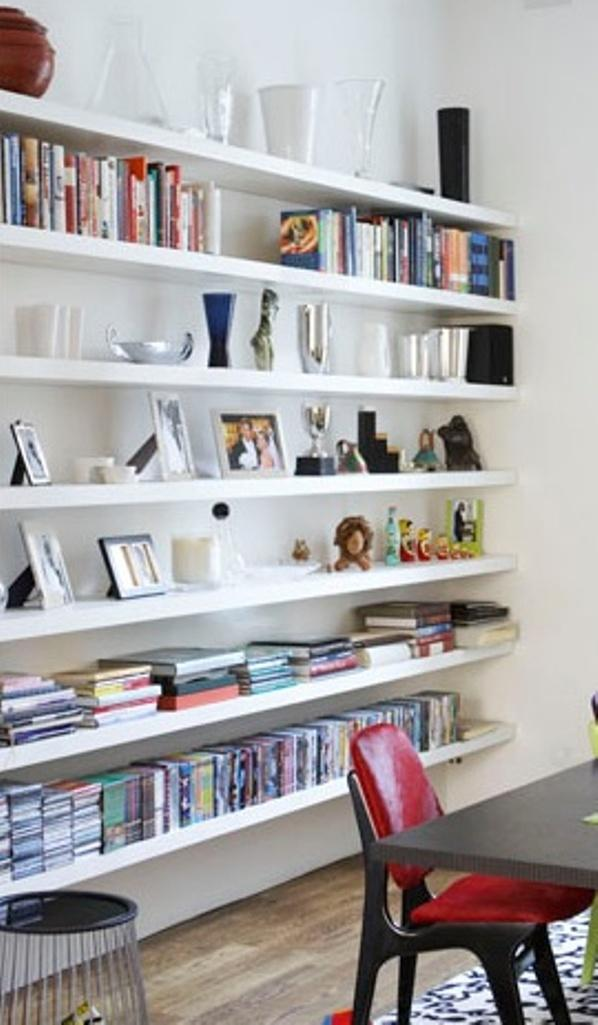 15 modern floating shelves design ideas rilane for Shelving ideas for living room walls