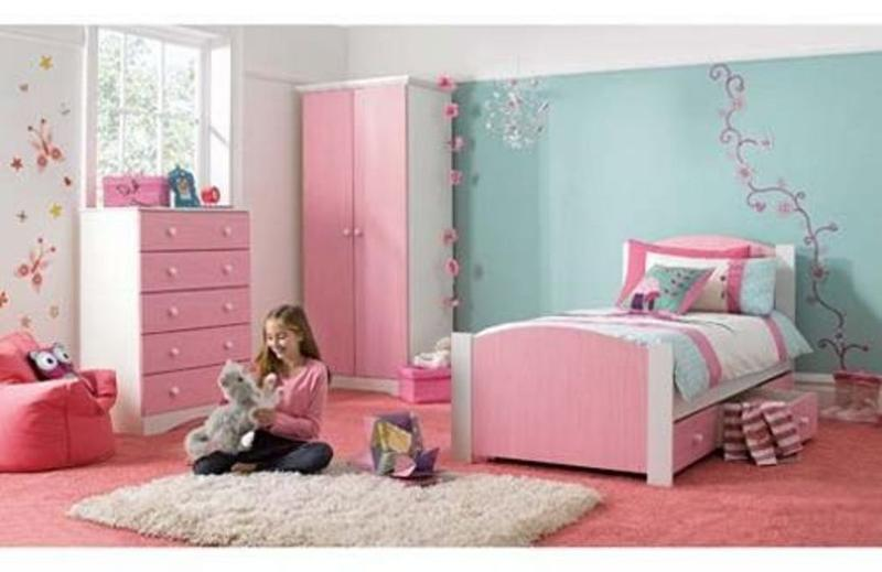 Attractive Blue And Pink Little Girl Bedroom
