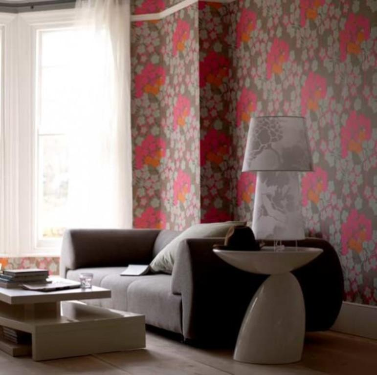 Chic Floral Wallpaper Design
