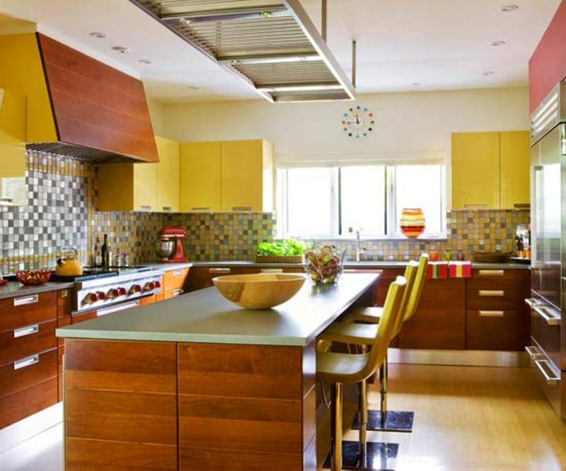 Chic Yellow Kitchen