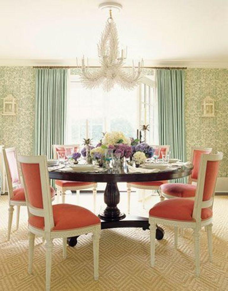 Coastal Inspired Dining Room With Featehry Chandelier