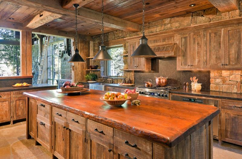 Cottage Kitchen With Exposed Beams
