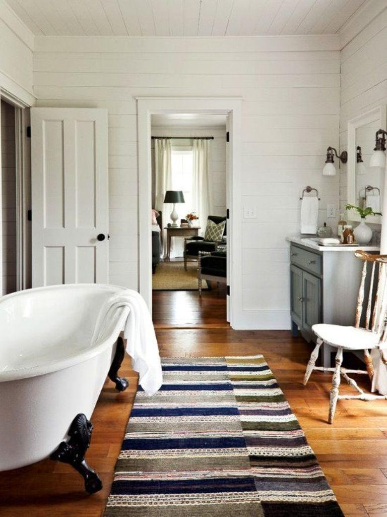 Country Chic Bathroom With Clawfoot Bathtub