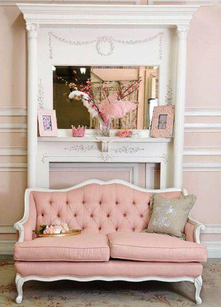 15 dazzling and chic pink sofa ideas rilane. Black Bedroom Furniture Sets. Home Design Ideas