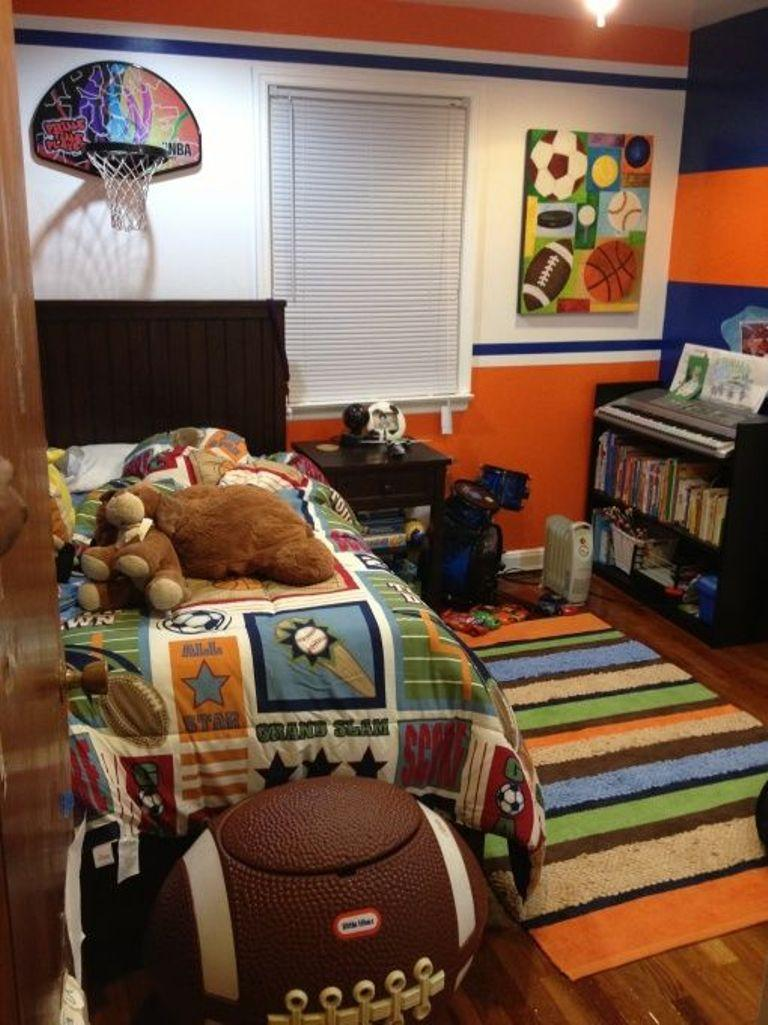 Boys bedroom designs sports - Fun Sports Inspired Bedroom