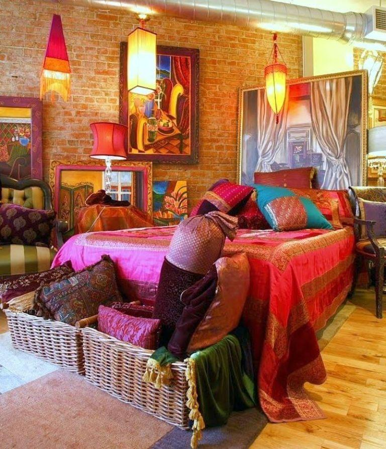 20 whimsical bohemian bedroom ideas rilane for Gypsy bedroom decor