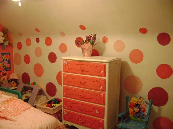 Shades Of Orange Dotted Bedroom