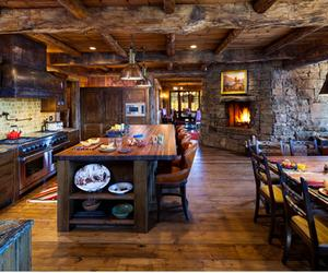 15 Rustic Kitchen Designs with Exposed Roof Beams