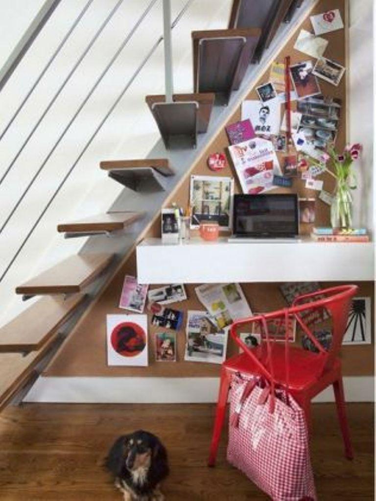 20 Smart Under Stairs Design Ideas: 15 Smart Under Stairs Home Office Designs