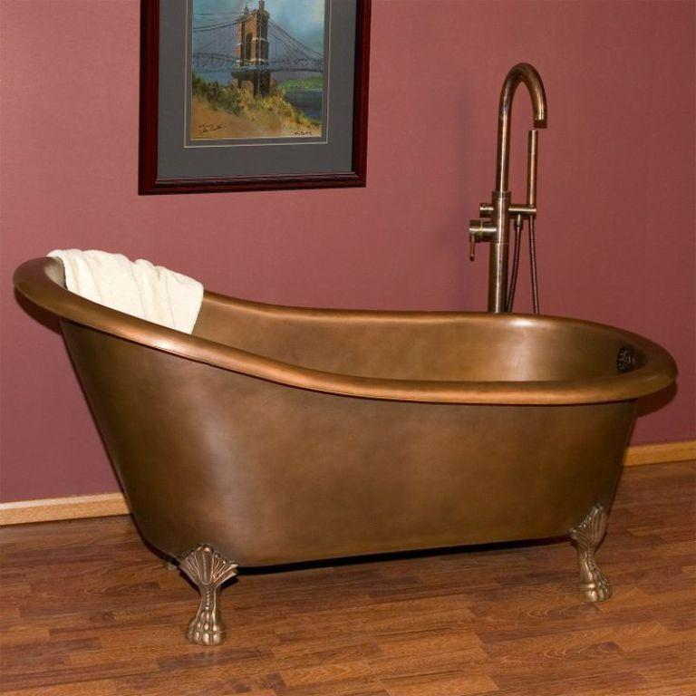 15 clawfoot bathtub ideas for modern chic bathroom rilane for Copper claw foot tub