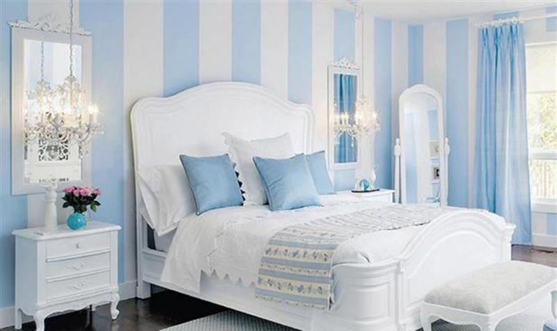 Attractive Blue Striped Walls