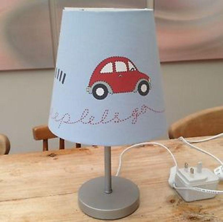 10 Interesting Bedside Lamps for Boy's Bedroom