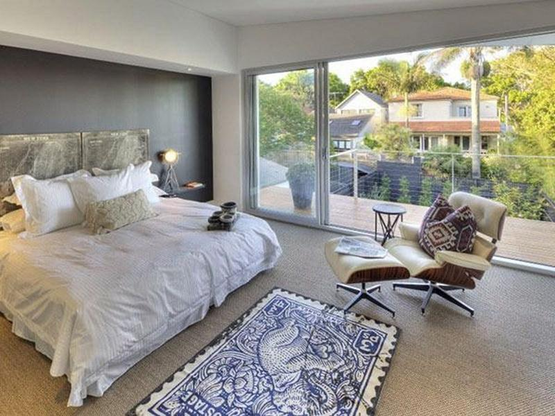 Exquisite Bedroom With Glass Wall