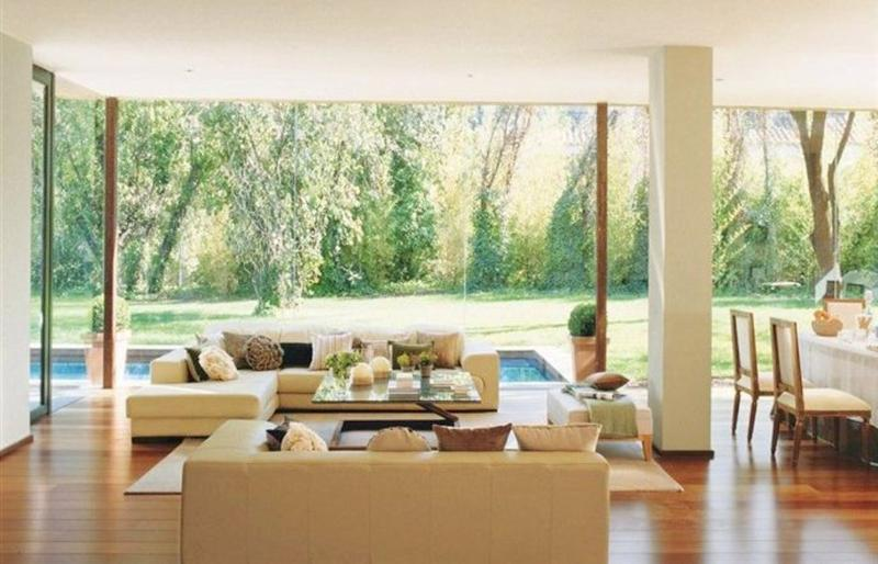 bright glass wall living room - Interior Glass Walls For Homes