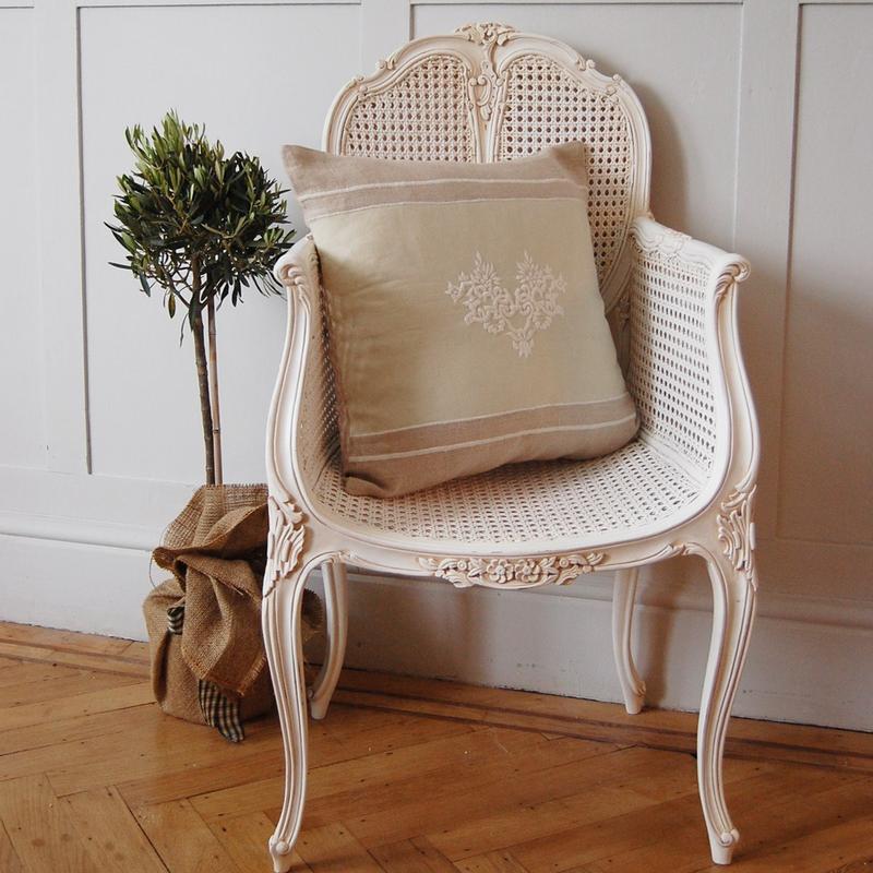 10 soft white bedroom armchair designs  rilane