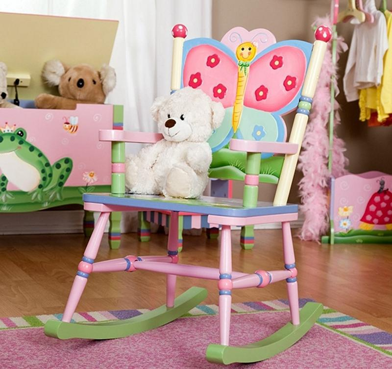 10 Girly Rocking Chairs in a Cute Design