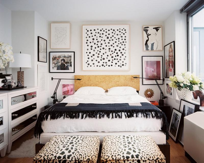 Superbe Monochrome Eclectic Bedroom