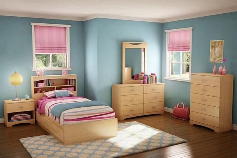 Natural Blue And Pink Bedroom