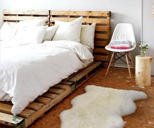 10 Creative Pallet Bed Design Ideas
