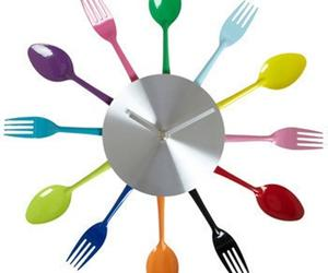 10 Cool Kitchen Wall Clock Designs
