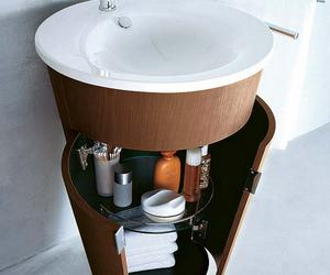 10 Creative Bathroom Storage Ideas